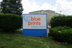 Monument signs in Monroeville for Blue Prints