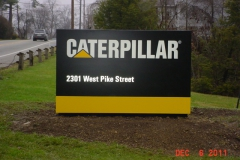 Monument signs in Jeannette, PA for Caterpillar