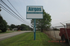 Pylon signs in Jeannette, PA for Airgas