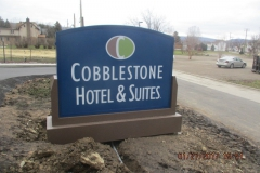 Monument Sign installation in Pittsburgh for Cobblestone Hotel