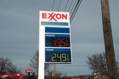Pylon Exxon sign installation in Indiana, PA