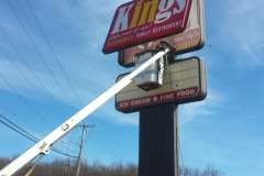 Sign installation in Uniontown